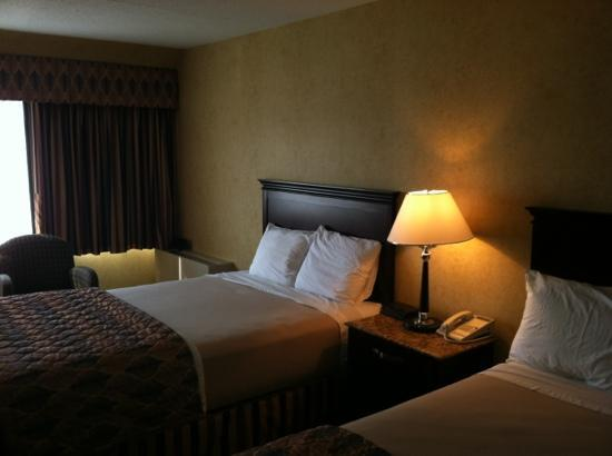 Poughkeepsie Grand Hotel : Bed