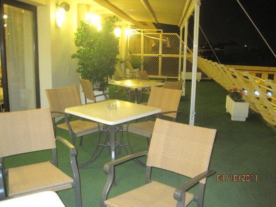 Hotel Derby Sevilla: La terrasse sur le toit ;-)
