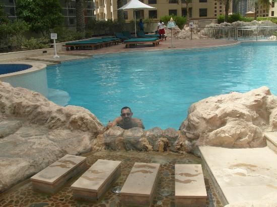 فندق اوسيس بيتش تاور: una delle due splendide piscine 