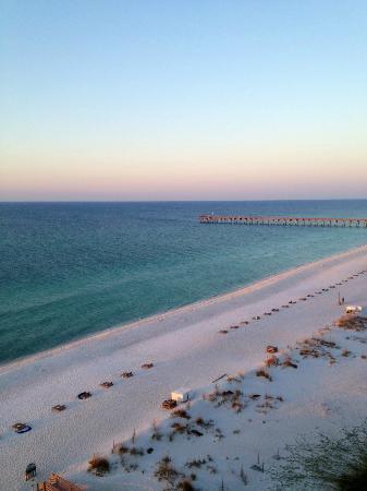 Hilton Pensacola Beach: Sunrise View from Junior Suite Balcony