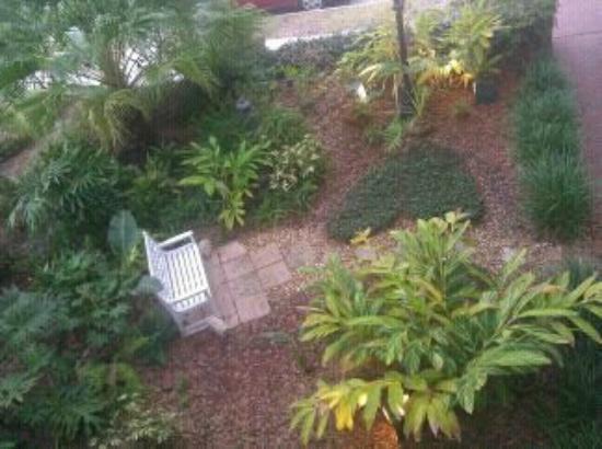 Alexander Homestead: gardenpark