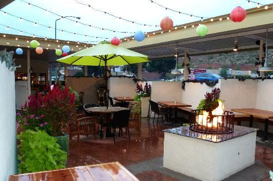 The Patio Grill: Patio