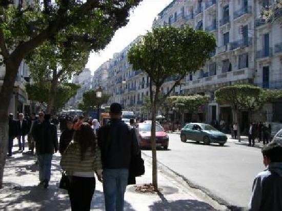 Algiers, Cezayir: rue didouche