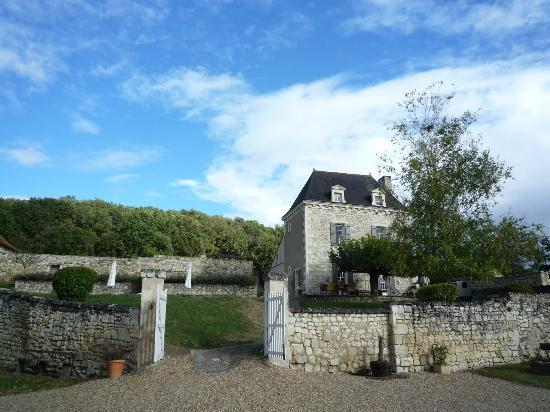 Domaine de Givre: Looking towards the main house