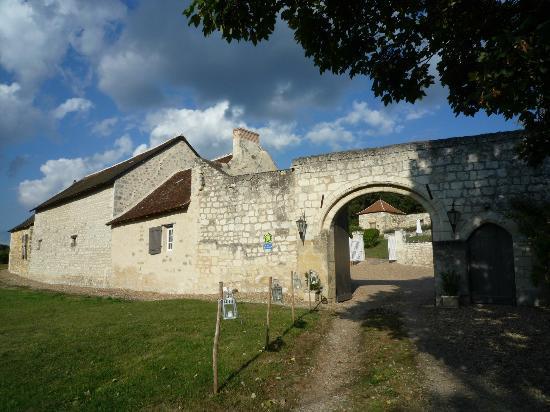 Domaine de Givre: The entrance