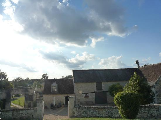 Domaine de Givre: Looking back to the rooms