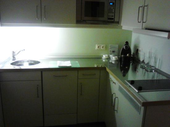 Clipper City Home: cucina
