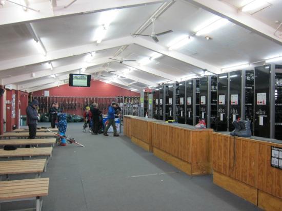 Whakapapa Ski Resort: レンタルスキー