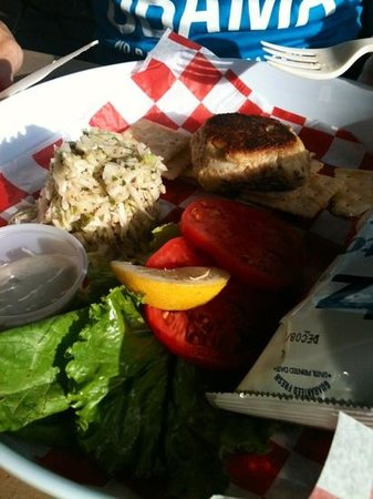 Phillips Crab Deck: lecker crab cake bei philipps crab deck