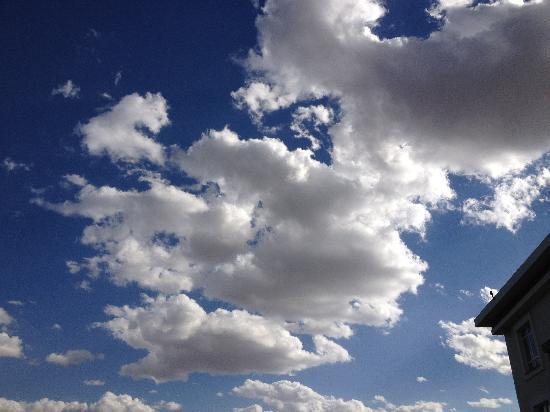 Eka Hotel Nairobi: The sky