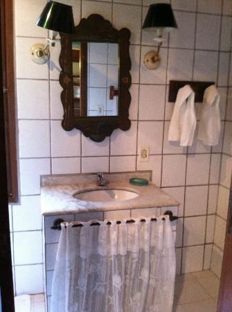 Hotel Pousada Esmeralda: Banheiro