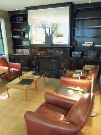 Gaige House, A Four Sisters Inn: living room / common area