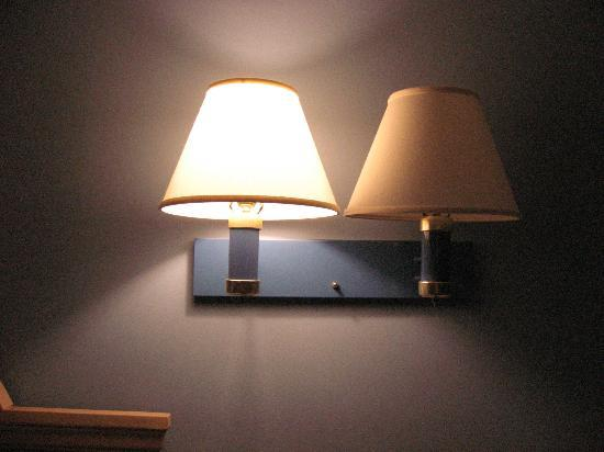 Coastal Palms Inn & Suites: These are your sources of light.