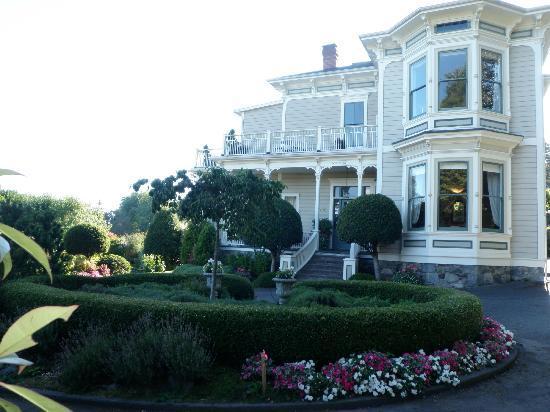 Fairholme Manor: Front door