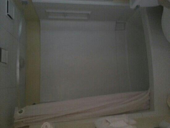 Schooner II Beach/Racquet Club: bathroom #2