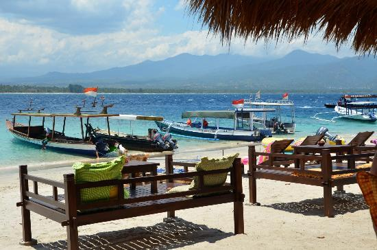 Kuta Beach - Lombok: Gili Air Island