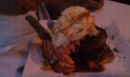 Willow Tree Restaurant: filet and lobster