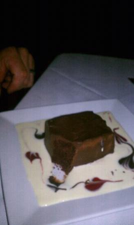 Willow Tree Restaurant: chocolate dessert