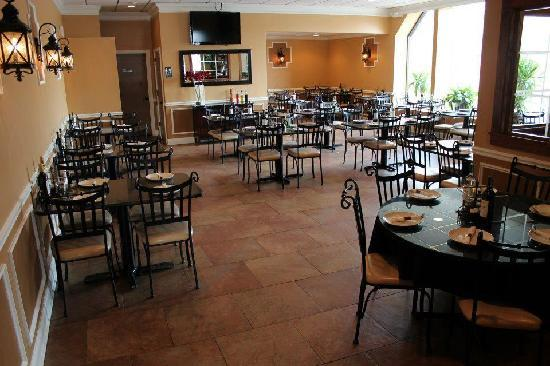 Season's Coal Fired Bistro: Seasons Dining Room