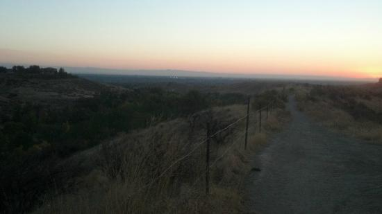 Ridge to River Trail System: Sunset over Boise from one of the numerous trails in Hulls Gulch park