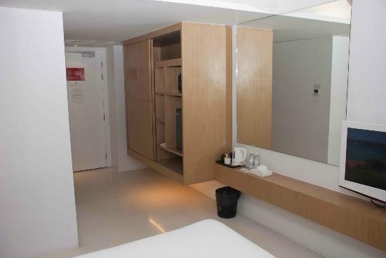 Le Fenix Sukhumvit: A comfortable room