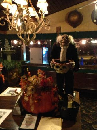 Halloween Decorations Picture Of Menz Restaurant And Bar Rio