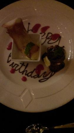 Mezzaluna: Happy birthday in dessert bites