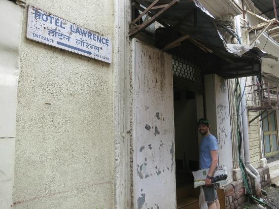 Hotel Lawrence : entrance