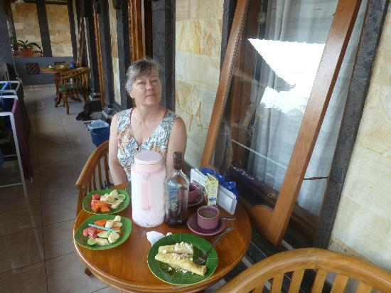 Jangkrik Homestay: Breakfast on our terrace