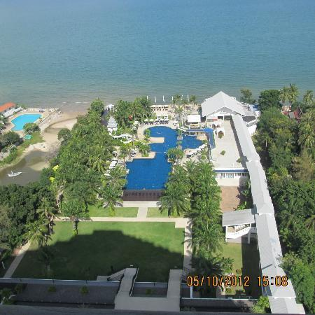 Novotel Hua Hin Cha Am Beach Resort and Spa: View from room