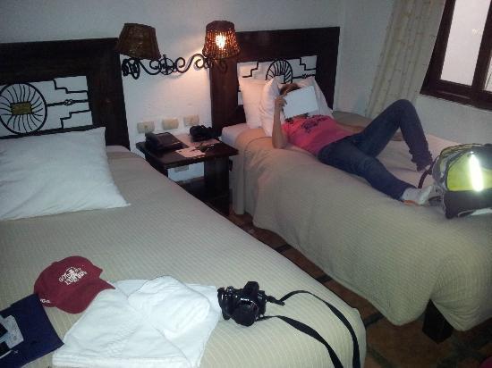 로열 인티 인 마추픽추 사진
