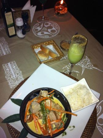 Restaurant Kanahau : Tuna Curry and Pisco Sour