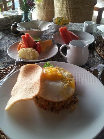 Amori Villas: Indonesian Breakfast