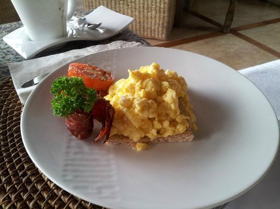 Amori Villas: Breakfast