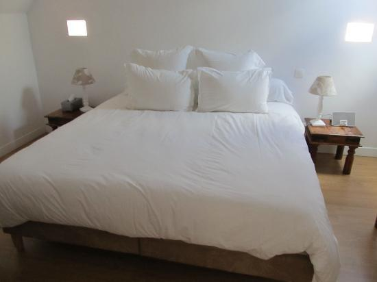 Loire Valley Retreat: Memory foam mattress