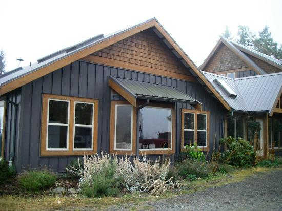 Arbutus Bluff Bed and Breakfast Picture