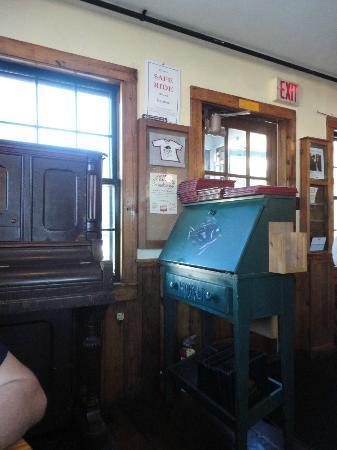 Fishmonger's Cafe: Inside Entrance
