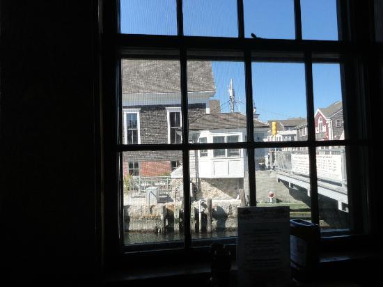 Fishmonger's Cafe: View of the Bridge from the table