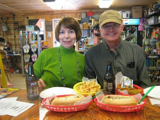Lakeside Restaurant & General Store: The smiles say it all! Happy tummies, too.