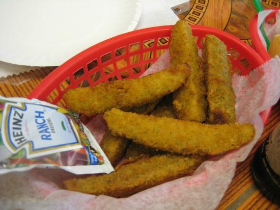 Lakeside Restaurant & General Store: Awesome Fried Dill Pickles