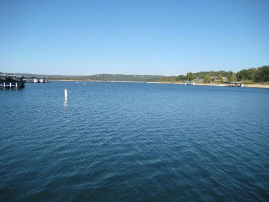 Lakeside Restaurant & General Store: View of Table Rock Lake