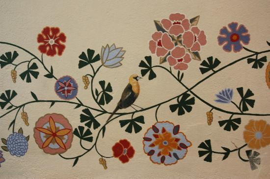 San Luis Obispo, Kaliforniya: Beautiful painted border inside!