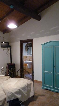 Su Caramu Guest House: Particolare della camera