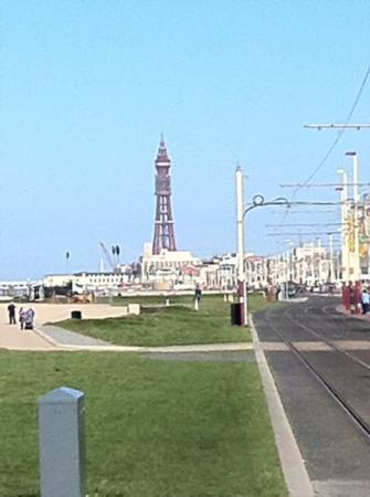 ‪فايكنج هوتل: Blackpool Tower