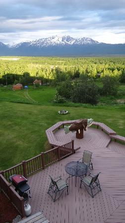 Pioneer Ridge Bed and Breakfast Inn: view from the aurora room