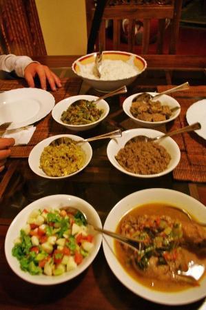 Hill View Bungalow: Rice & Curry le meilleur du Sri Lanka ;-)