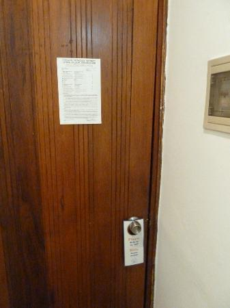 King's Hotel: No additional safety locks or peep-hole/security viewer on door