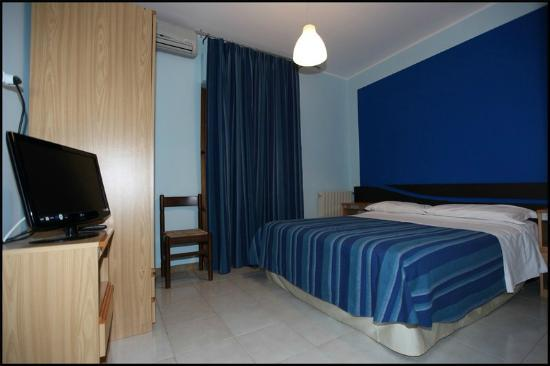 Hotel Cliche: Camera Hotel
