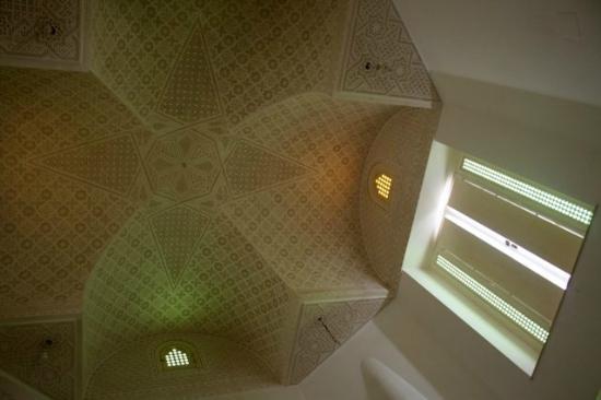 La Maison Salma : la vue de la Nef, juste à lever les yeux du canapé !