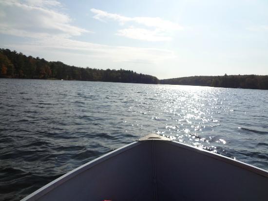 Woodloch Pines Resort : Row Boating